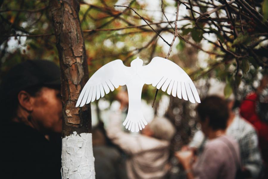 Papirsfugl i Livets Rede ved Medborgerhuset