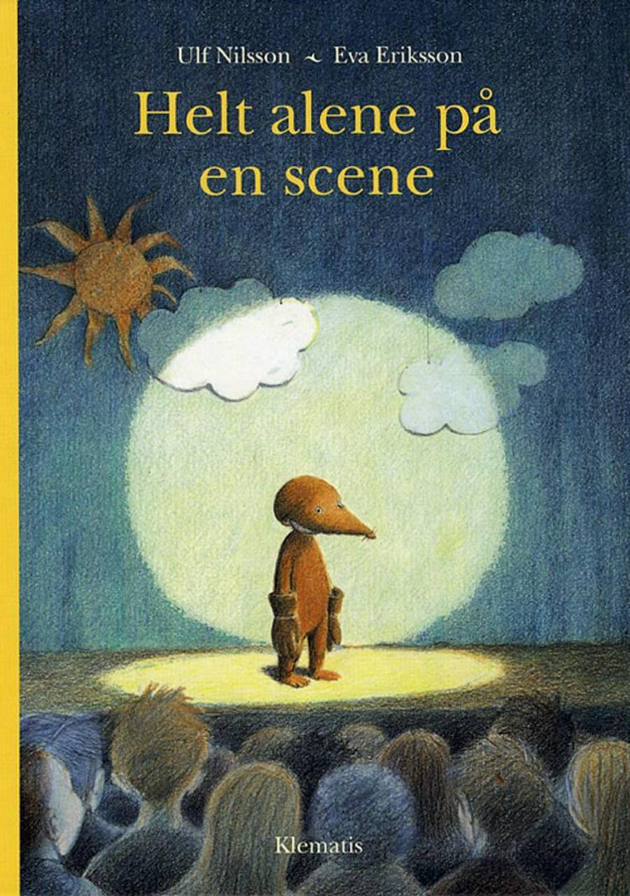 Forside af bogen Helt alene på en scene